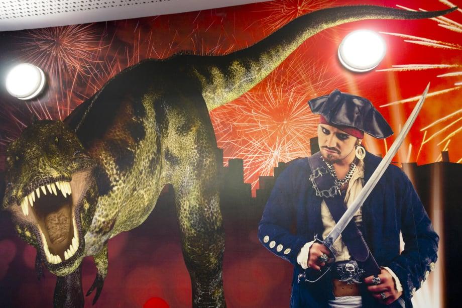 Roebuck Primary History and Drama themed corridor wall art