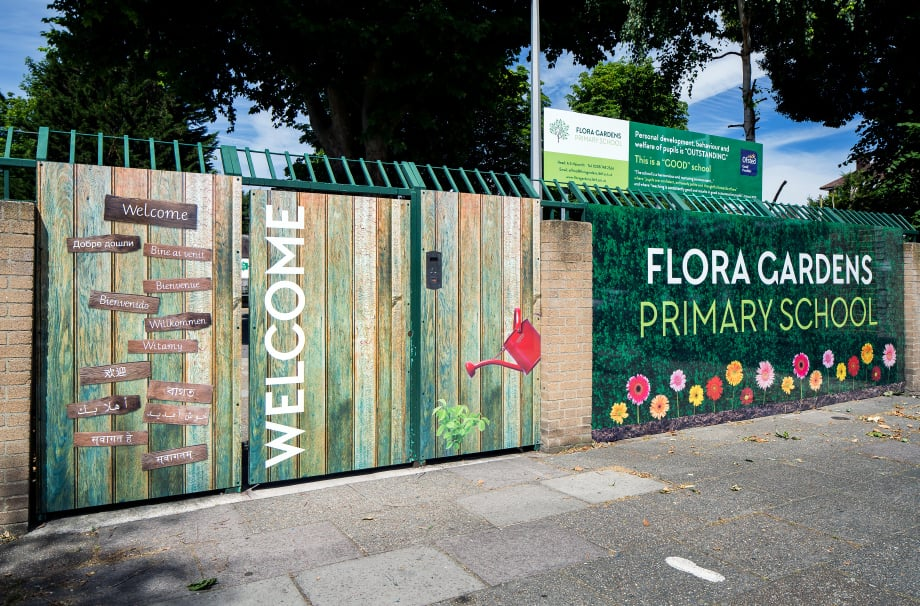 Flora Gardens - welcome entrance